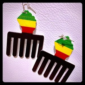 Afro-Centric Hair Comb Earrings w/Hook Closure NEW